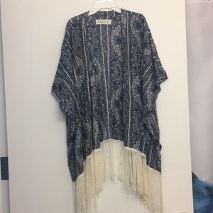 Abercrombie & Fitch blue shawl